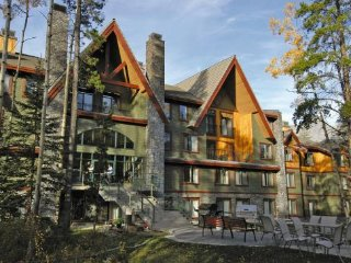 WorldMark Canmore - Banff: 1-Bedroom, Sleeps 4, Full Kitchen - Canmore vacation rentals