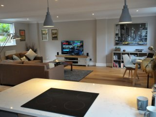 Cardinal House, Hampton Court - luxury and space - East Molesey vacation rentals
