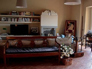 6 bedroom Villa with Internet Access in Trespiano - Trespiano vacation rentals