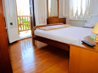 Beautiful Studio with Internet Access and A/C in Potami - Potami vacation rentals