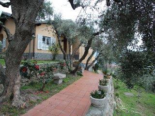 3 bedroom Villa in Finale Ligure, Liguria Riviera Ponente, Italy : ref 2299159 - Finale Ligure vacation rentals