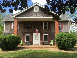 Historic home vacation rental / country setting - Nebo vacation rentals