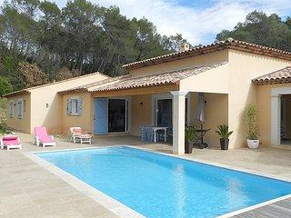 4 bedroom Villa in Draguignan, Provence, France : ref 2253436 - Draguignan vacation rentals