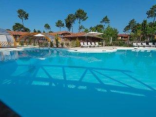 2 bedroom Villa in Biscarosse, Les Landes, France : ref 2253260 - Parentis-en-Born vacation rentals
