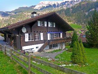 6 bedroom Villa in Lauterbrunnen, Bernese Oberland, Switzerland : ref 2252807 - Lauterbrunnen vacation rentals