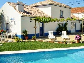 2 bedroom Villa in Sintra, Lisbon Tejo Valley, Portugal : ref 2243311 - Almograve vacation rentals