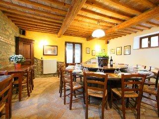 7 bedroom Villa in Radicofani, Siena, Italy : ref 2243153 - Celle sul Rigo vacation rentals