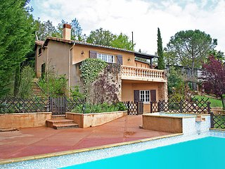 4 bedroom Apartment in Bagnac, Lot, France : ref 2242630 - Linac vacation rentals