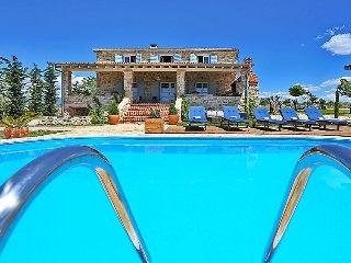 6 bedroom Villa in Zadar Sukosan, North Dalmatia, Croatia : ref 2236901 - Posedarje vacation rentals