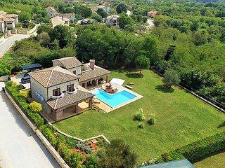 4 bedroom Villa in Porec Heraki, Istria, Croatia : ref 2236735 - Sveti Lovrec vacation rentals