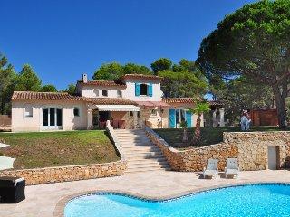 4 bedroom Villa in Puget sur argens, Cote d Azur, France : ref 2216378 - Bagnols-en-Foret vacation rentals