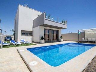 Cozy 3 bedroom Vacation Rental in Torre de la Horadada - Torre de la Horadada vacation rentals