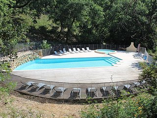 4 bedroom Villa in Draguignan, Provence, France : ref 2098922 - Chateaudouble vacation rentals