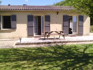 Nice Gite with Central Heating and Washing Machine - Saint-Andre-d'Allas vacation rentals