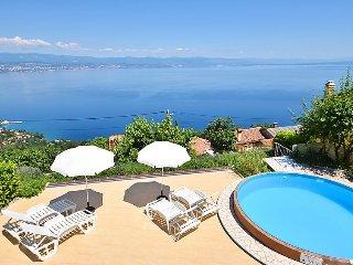 4 bedroom Villa in Lovran Tulisevica, Kvarner, Croatia : ref 2020786 - Medveja vacation rentals