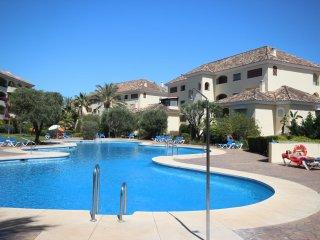 Beachside apartment BAHIA DE MARBELLA - Marbella vacation rentals