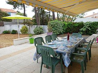 4 bedroom Villa in La Tranche sur Mer, Vendee  Western Loire, France : ref - La Tranche sur Mer vacation rentals