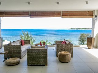 Wonderful Penthouse with A/C and Shared Outdoor Pool - Tamarin vacation rentals