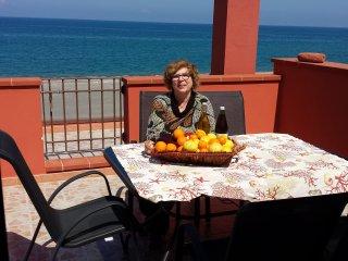 """""""La Terrazza sul mare di zia Mary"""" - Terme Vigliatore vacation rentals"""