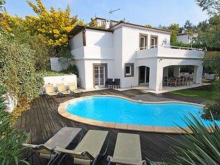 4 bedroom Villa in Cannes, Cote d'Azur, France : ref 2008328 - La Bocca vacation rentals