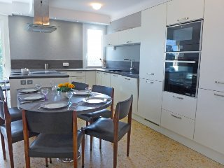 4 bedroom Villa in Saint Aygulf, Cote d Azur, France : ref 2396337 - frejus vacation rentals