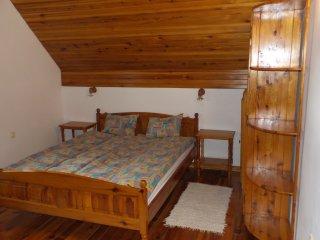 Beautiful 1 bedroom Zlatibor Apartment with Housekeeping Included - Zlatibor vacation rentals