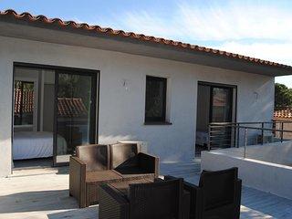 3 bedroom Villa in Porto Vecchio, Corsica, France : ref 2395675 - Lecci vacation rentals