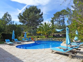 5 bedroom Villa in Le Castellet, Cote d Azur, France : ref 2395398 - Le Castellet vacation rentals
