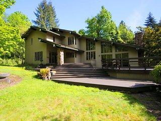 Private Park Oasis near Bellevue Downtown - Bellevue vacation rentals