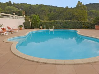 4 bedroom Villa in Carqueiranne, Cote d Azur, France : ref 2380167 - Carqueiranne vacation rentals