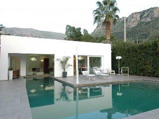 2 bedroom Villa in Terrasini, Sicily, Italy : ref 2379927 - Cinisi vacation rentals