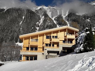 4 bedroom Apartment in Wengen, Bernese Oberland, Switzerland : ref 2379592 - Lauterbrunnen vacation rentals