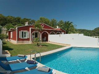 3 bedroom Villa in Cala Galdana, Menorca, Menorca : ref 2379531 - Serpentona vacation rentals