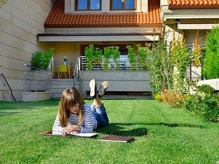 4 bedroom Apartment in A Toxa Rias Baixas, Galicia, Spain : ref 2379292 - O Grove vacation rentals