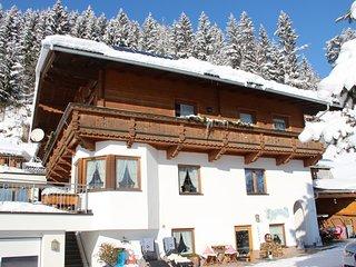 3 bedroom Apartment in Zell am Ziller, Zillertal, Austria : ref 2371617 - Zellberg vacation rentals