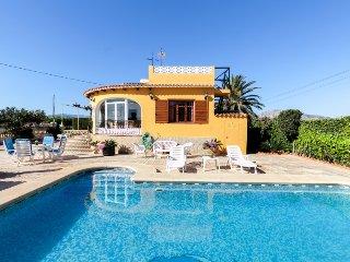 3 bedroom Villa in Denia, Costa Blanca, Spain : ref 2370408 - Pamis vacation rentals