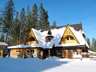 7 bedroom Villa in Murzasichle, Tatras, Poland : ref 2369857 - Murzasichle vacation rentals