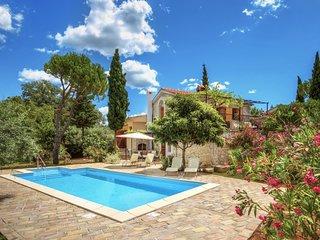 4 bedroom Villa in Krk Malinska, Kvarner Islands, Croatia : ref 2369432 - Rasopasno vacation rentals