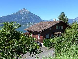 4 bedroom Villa in Merligen, Bernese Oberland, Switzerland : ref 2300683 - Merligen vacation rentals