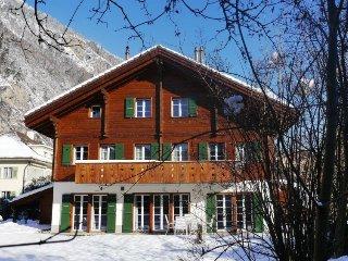 3 bedroom Apartment in Interlaken, Bernese Oberland, Switzerland : ref 2300550 - Interlaken vacation rentals