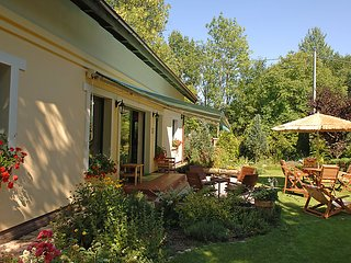 5 bedroom Villa in Lipie Walcz, Pomerania, Poland : ref 2300297 - Miroslawiec vacation rentals