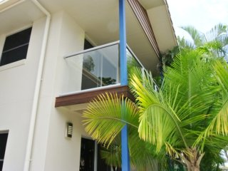 Bright 3 bedroom Apartment in Tin Can Bay - Tin Can Bay vacation rentals