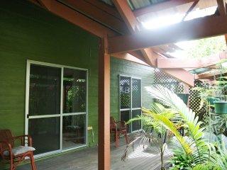 4 Tailor Street, TIN CAN BAY RH 2075537 - Tin Can Bay vacation rentals