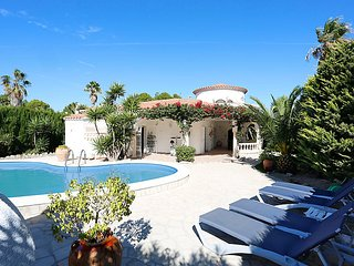 4 bedroom Villa in L Ametlla de Mar, Costa Daurada, Spain : ref 2284671 - L'Ametlla de Mar vacation rentals