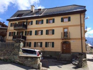 4 bedroom Apartment in Sent, Engadine, Switzerland : ref 2284659 - Sent vacation rentals
