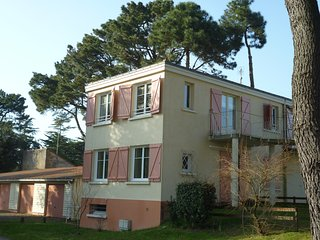 Appartement T2 proche de la mer - Saint-Michel-Chef-Chef vacation rentals