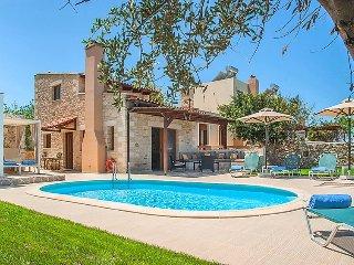 3 bedroom Villa in Stavromenos, Rethymno, Crete, Greece : ref 2253492 - Stavromenos vacation rentals