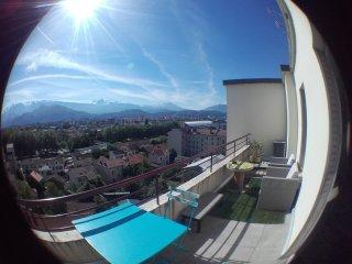 T2 traversant dernier étage avec 2 grandes terrasses Est et Ouest - Seyssins vacation rentals