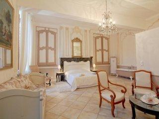 Chambre d'Hôtes, proche de Lourdes et des Grands sites des Pyrénées - Chis vacation rentals