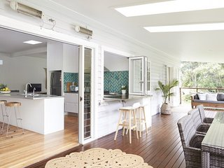 Bright 5 bedroom House in Bangalow - Bangalow vacation rentals